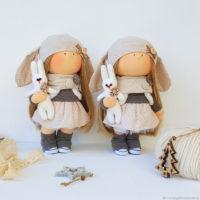 Кукла интерьерная. Кукла текстильная. Девочка с зайчиком